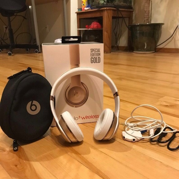 Beat by Dre Accessories | Beats Solo 3 Wireless Gold Edition | Poshmark